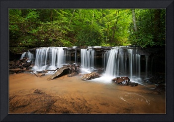 Perpetuelles - Small Waterfall Landscape