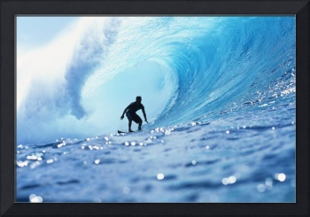 Hawaii, Oahu, North Shore, Silhouette Of Surfer In