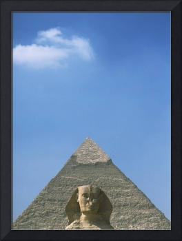 Sphinx In Front Of Pyramid Of Chephren, Egypt
