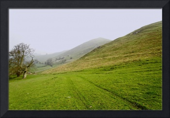 Bunster Hill Footpath at Ilam  (30655-RDA)