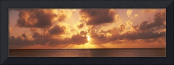 Sunset ovr Caribbean Sea fr 7 Mile Beach Cayman I