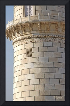 Minaret detail of the Taj Mahal (HDR)
