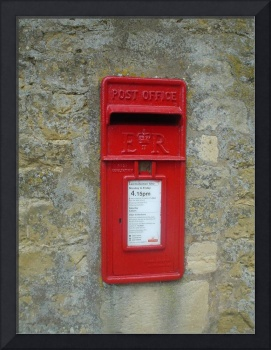 Post box at Hidcote, Gloucestershire, England