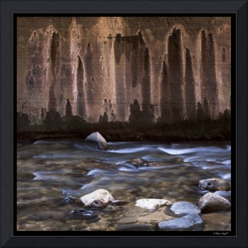 Weeping rocks in Narrows