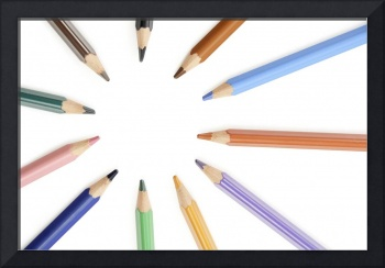 Assorted  colored pencils in a circle