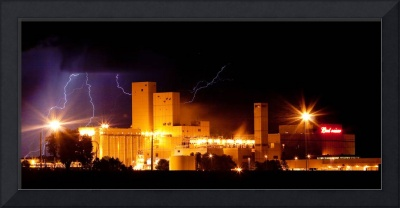 Budwesier Brewery Lightning Thunderstorm Image 391