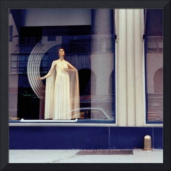 Bonwit Teller Window, 1974 (Vintage Color)