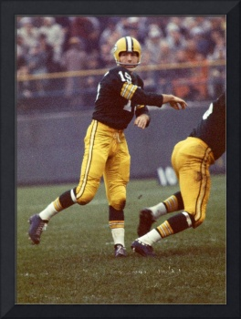 Bart Starr follows through