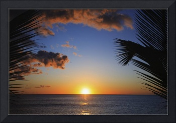 Hawaii, Oahu, Beautiful Sunset Over The Ocean