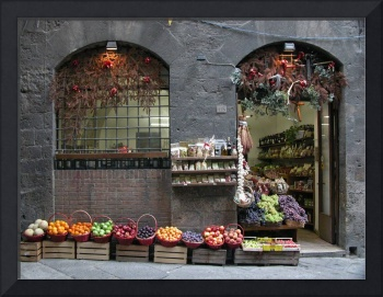 Siena, Italy: Fruit & vegetable shop