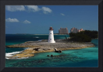 nassau-light-at-harbor-entrance-1703b
