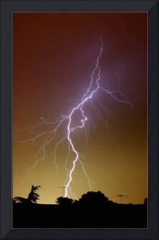 A bright bolt of lightning at the suburbs of Bueno