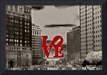 Love Sculpture - Philadelphia - BW