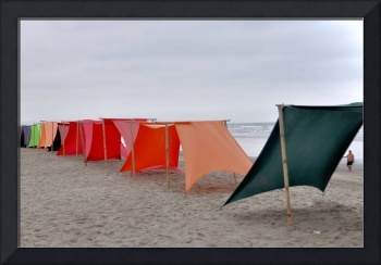 Colourful Canvas Shelters on Beach DSC_0317_e