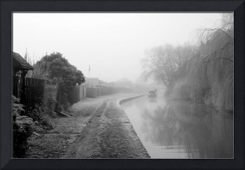 Foggy Canal At Shobnall (35285-RDW)