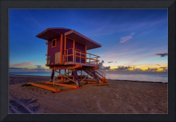 50th Street Lifeguard Tower at Dawn II