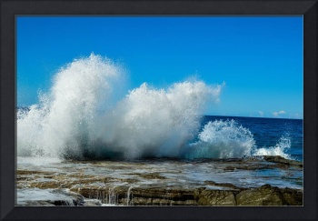 Ocean spray nature power rock coast