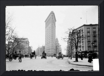 Vintage Photograph of The NYC Flat Iron Building