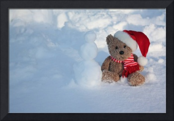 Bear making a SNOWMAN