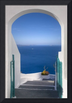 Santorini Images, Doorway to the Sea in Oia, Greec
