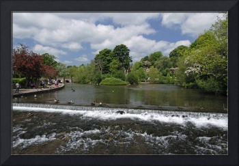 The Riverside and Weir, Bakewell (31357-RDA)