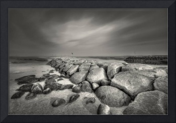Rock Harbor : Black and White Photography