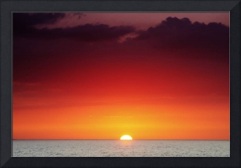 Hawaii, Oahu, North Shore, Beautiful Sunset Over T