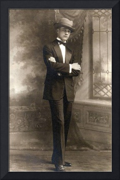 Dressed for success, ca 1924