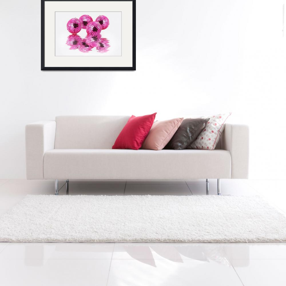 """""""Reflection of pink spheres&quot  (2010) by milikArt"""