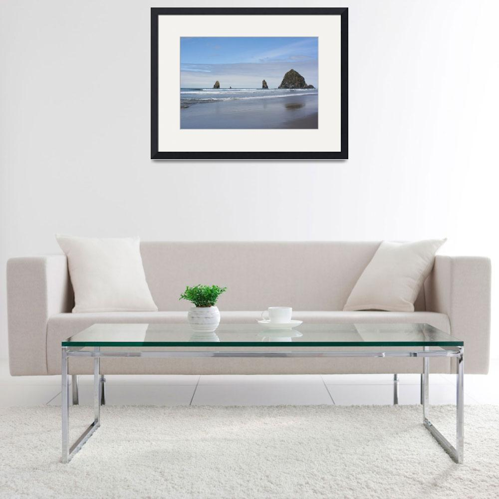 """""""Canon Beach at Haystack Rock&quot  (2008) by wanabesadated"""