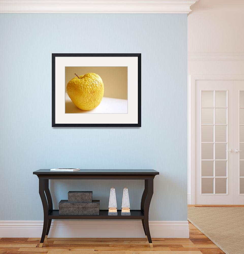 """""""old apple&quot  (2008) by Dessie"""