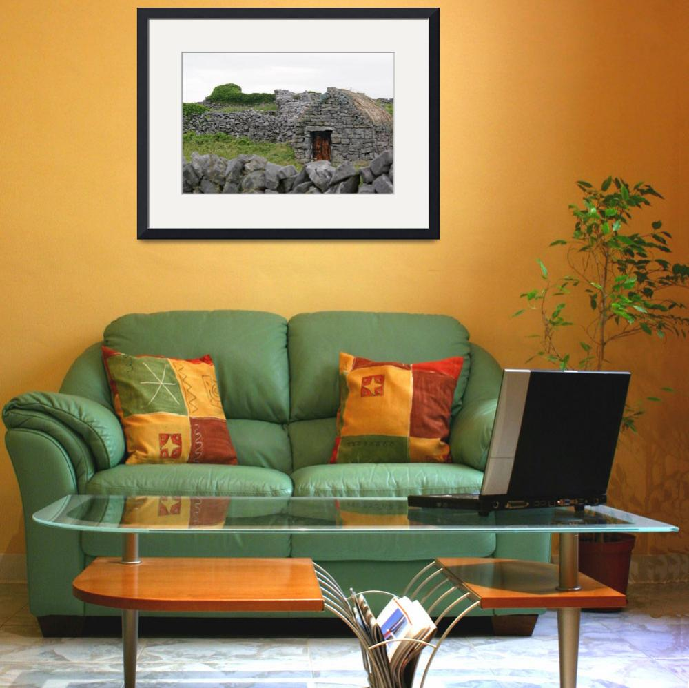 """""""Inis Meáin Thatched Cottage&quot  (2009) by staceybassoon"""