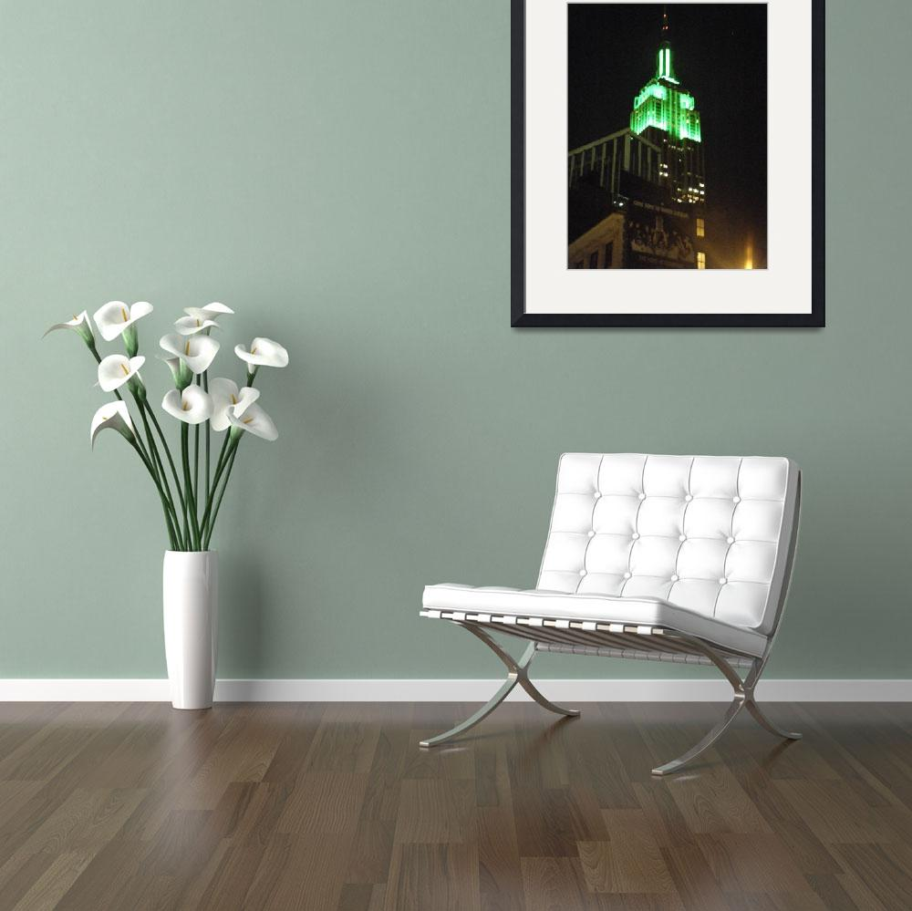 """""""Empire State Building Go-Green&quot  (2010) by loopstreet"""