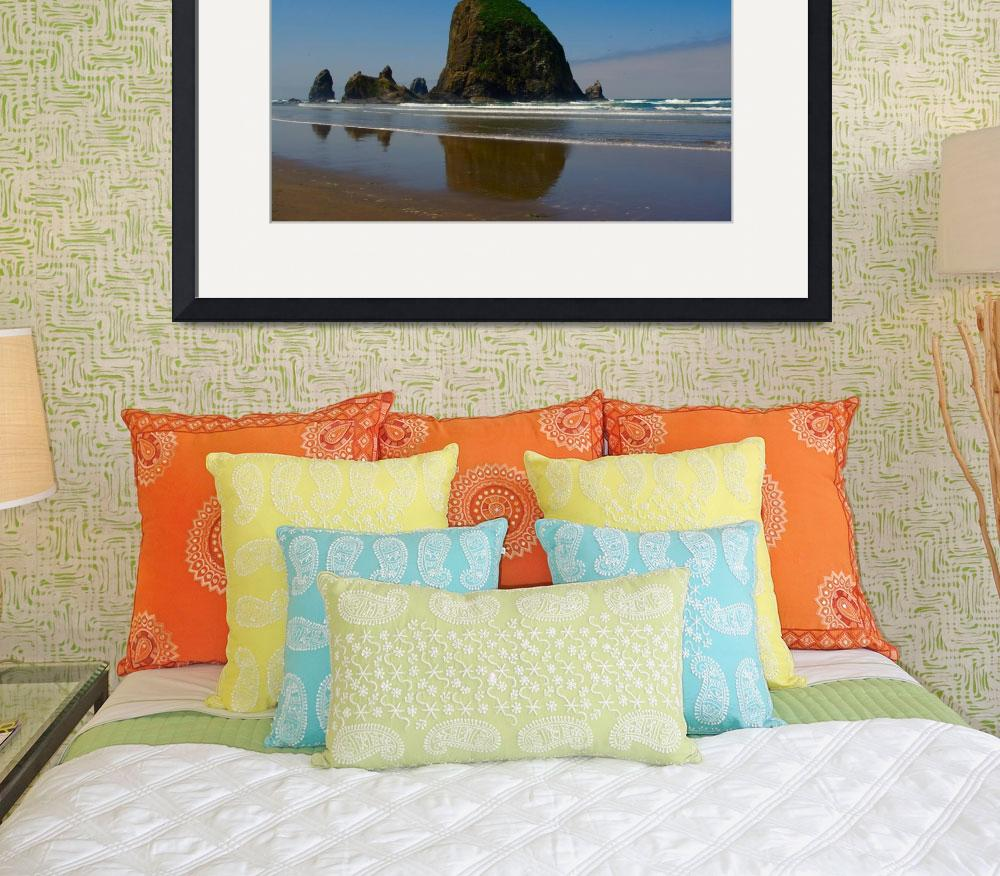 """""""Haystack Rock - Canon Beach, Oregon&quot  (2009) by rsummers"""