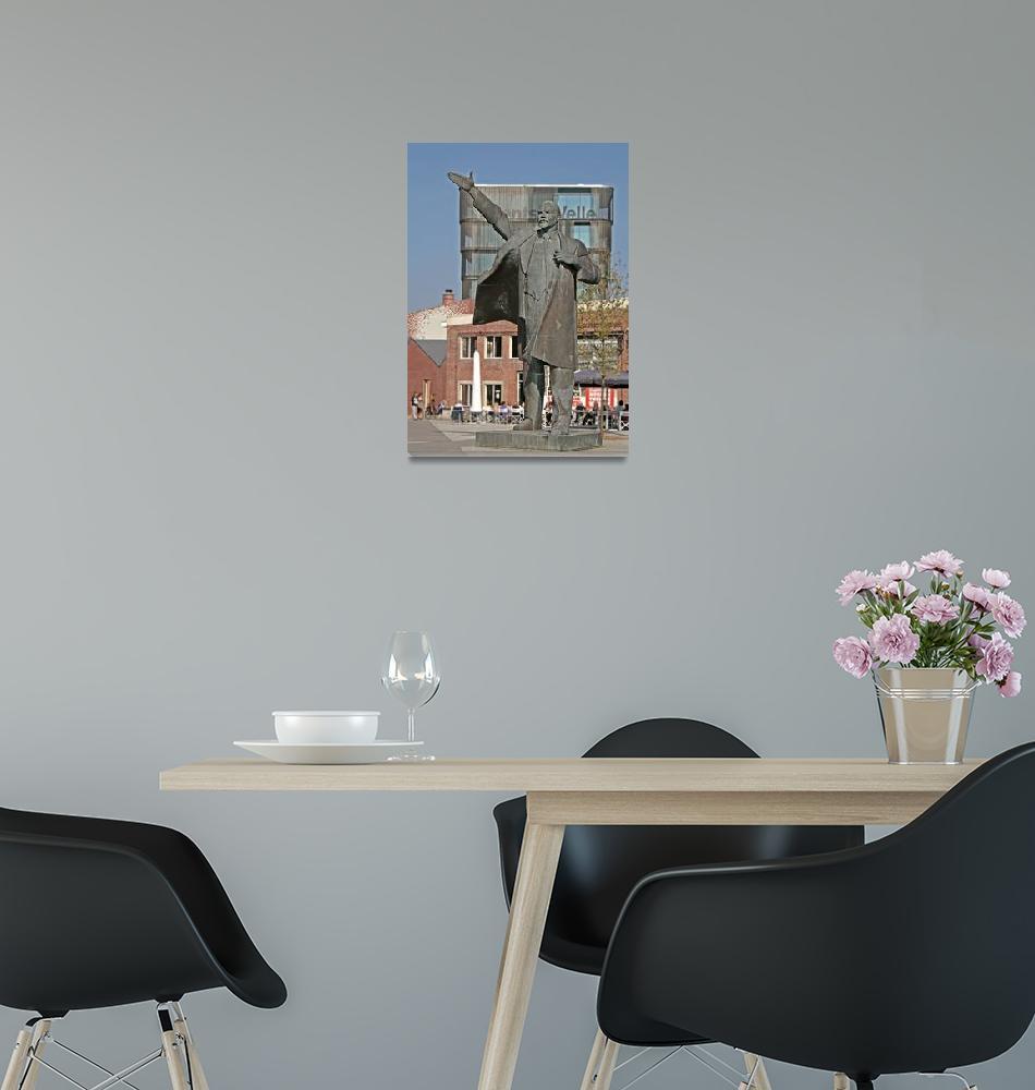 """Lenin in the Netherlands""  (2009) by assendelft"