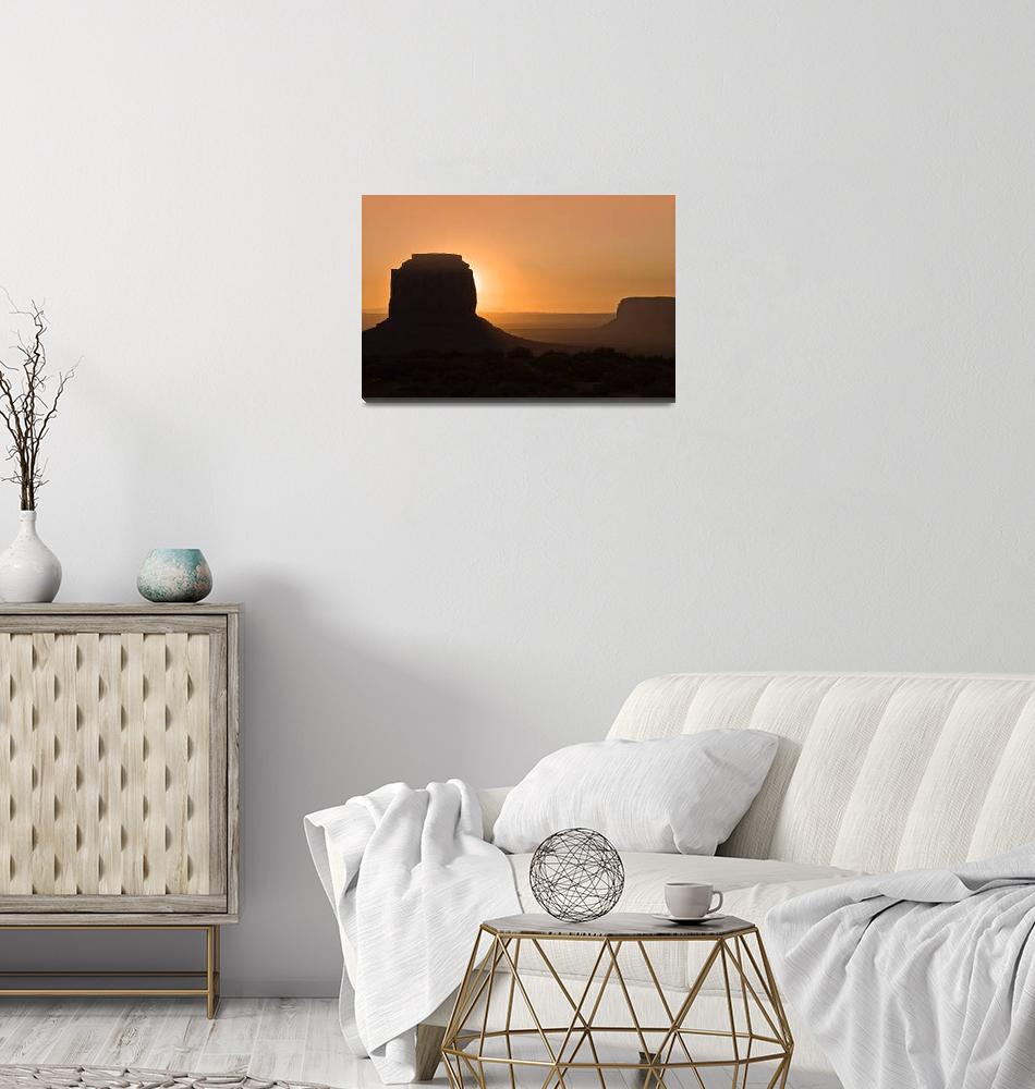 """""""Dawn Over Monument Valley""""  (2008) by pbk"""