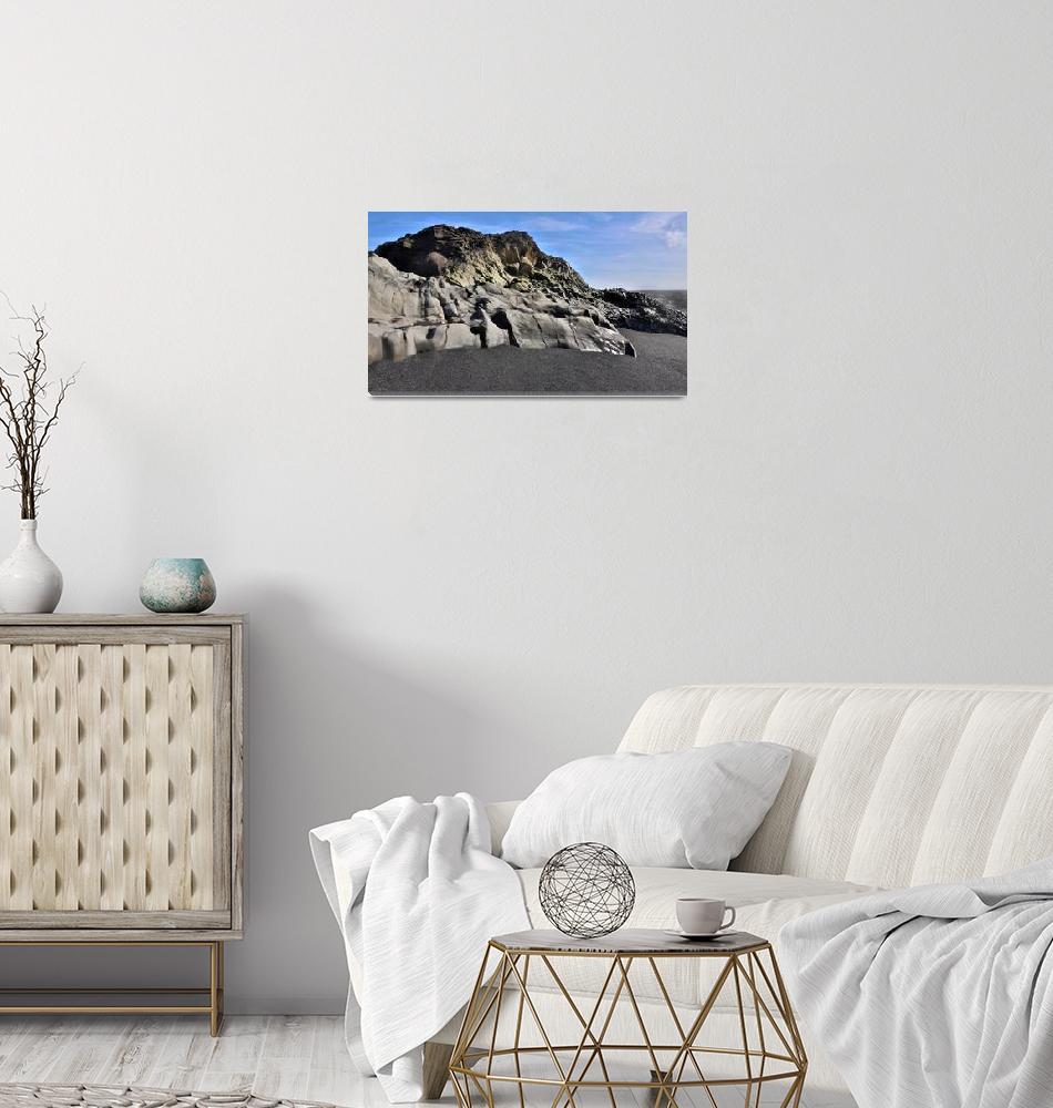 """Dyrholaey Beach HDR : Iceland""  (2016) by ChrisSeufert"