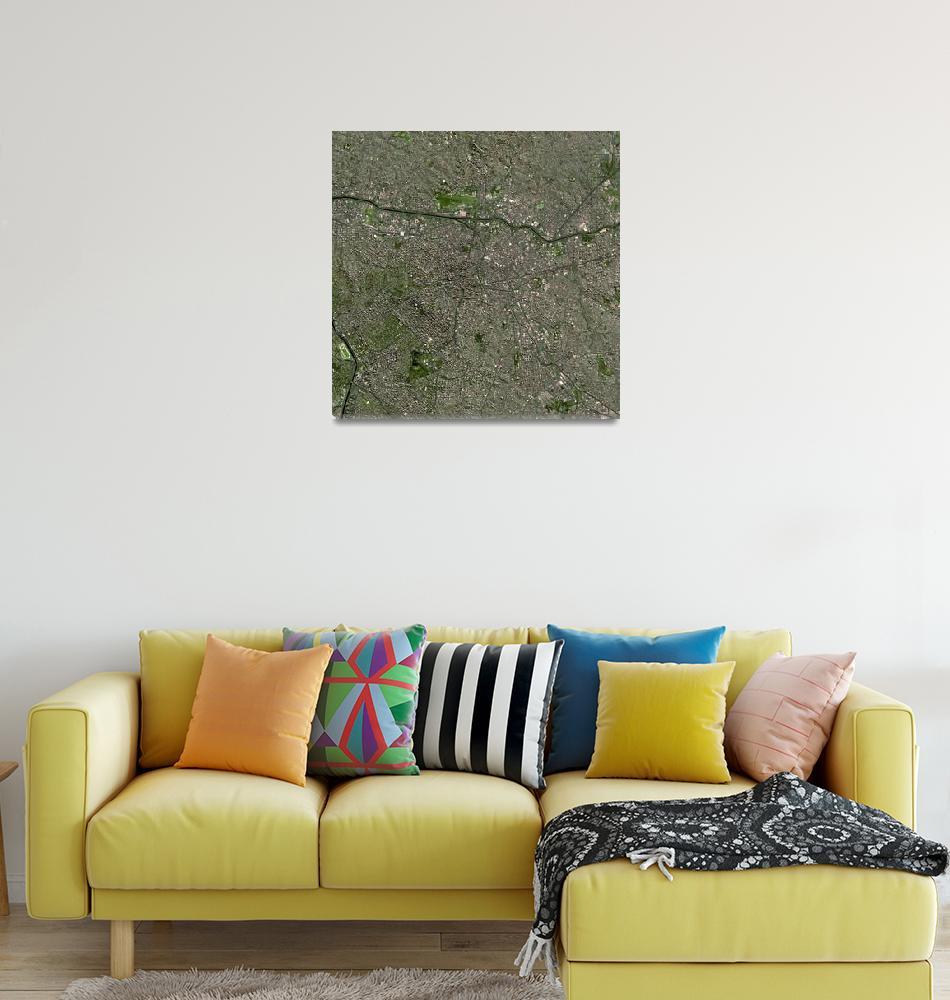 """Sao Paulo (Brazil) : Satellite Image""  (2007) by astriumgeo"