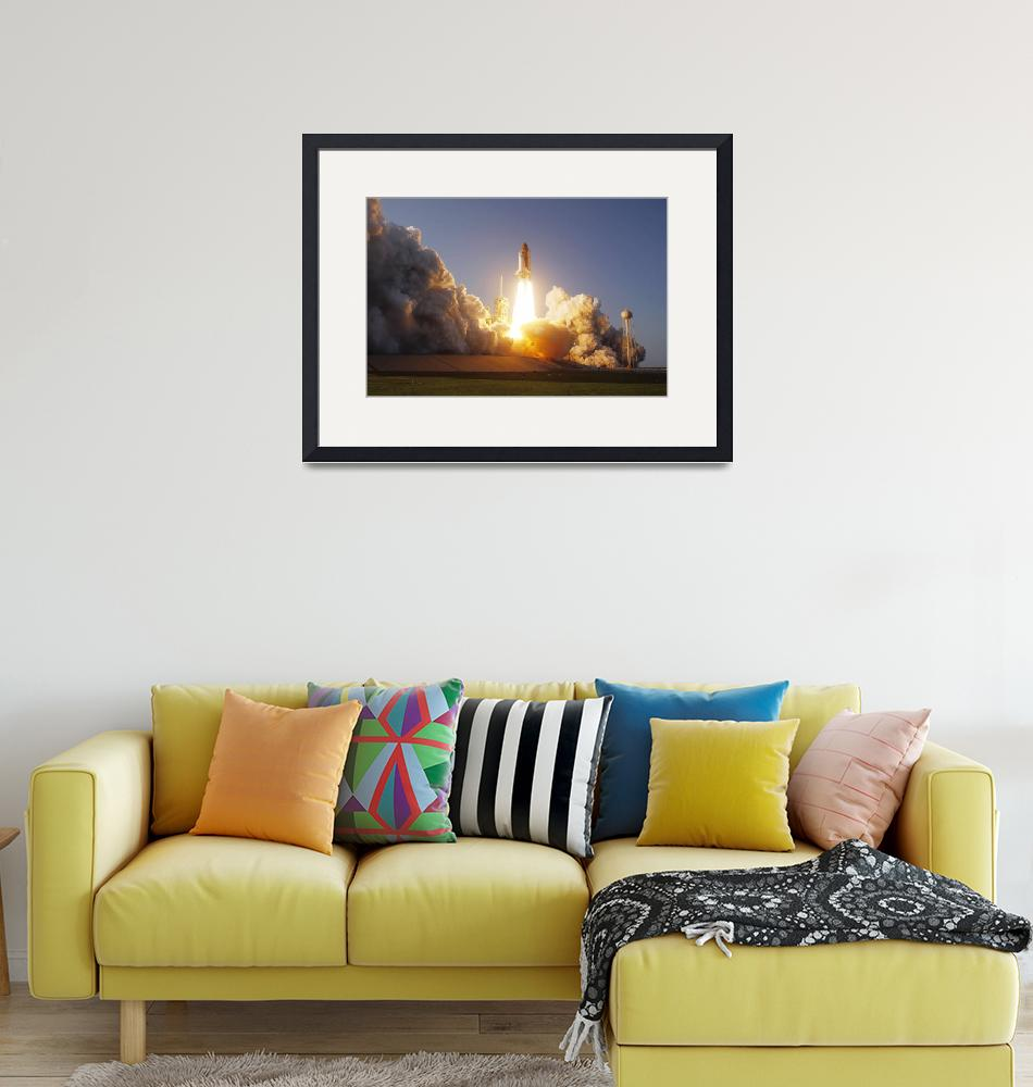 """""""Space Shuttle Discovery lifts off from its launch""""  by stocktrekimages"""