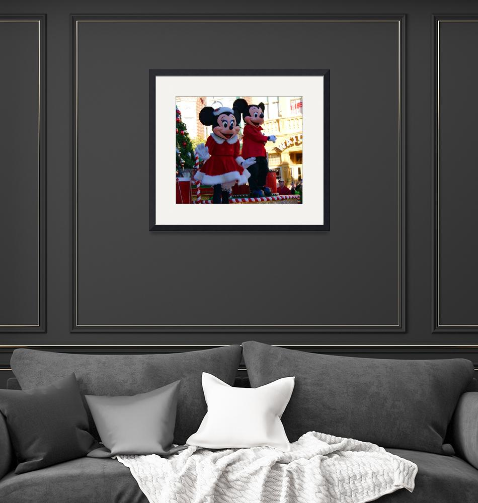 """Mickey and Minnie Celebrate Christmas""  (2011) by kjfphotography"