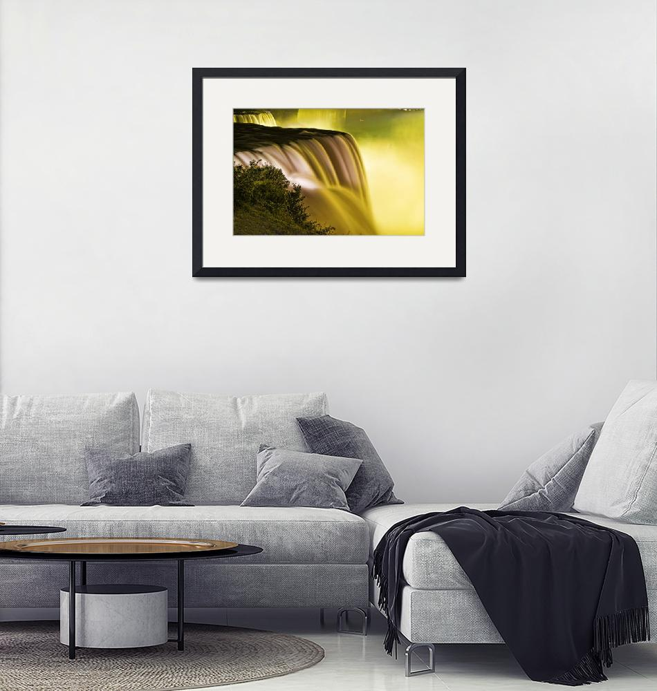 """""""Mellow Yellow at the Niagara Falls""""  (2009) by New-Yorkled"""