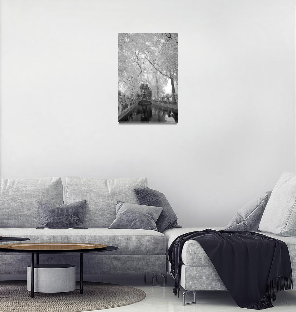 """Paris Fountain Jardins de Luxembourg""  (2010) by SederquistPhotography"
