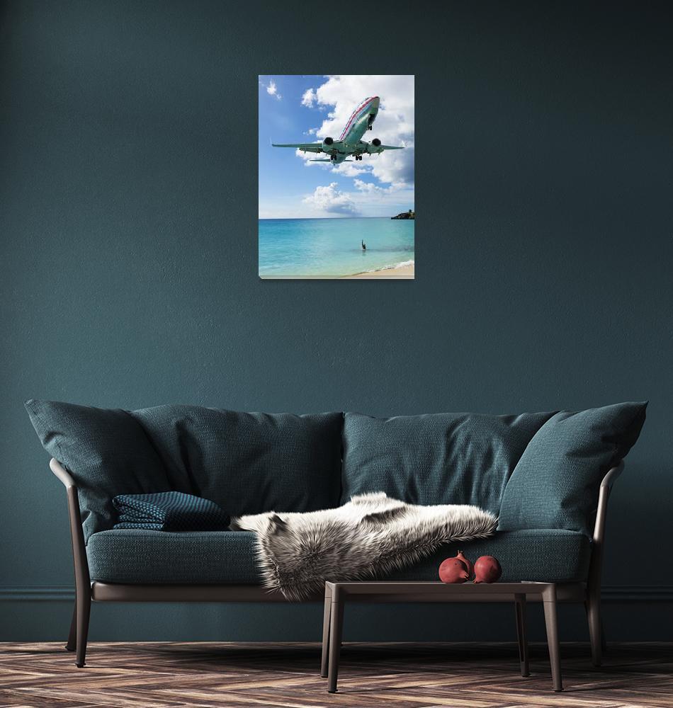 """American Airlines landing in St. Maarten""  (2013) by jcarillet"