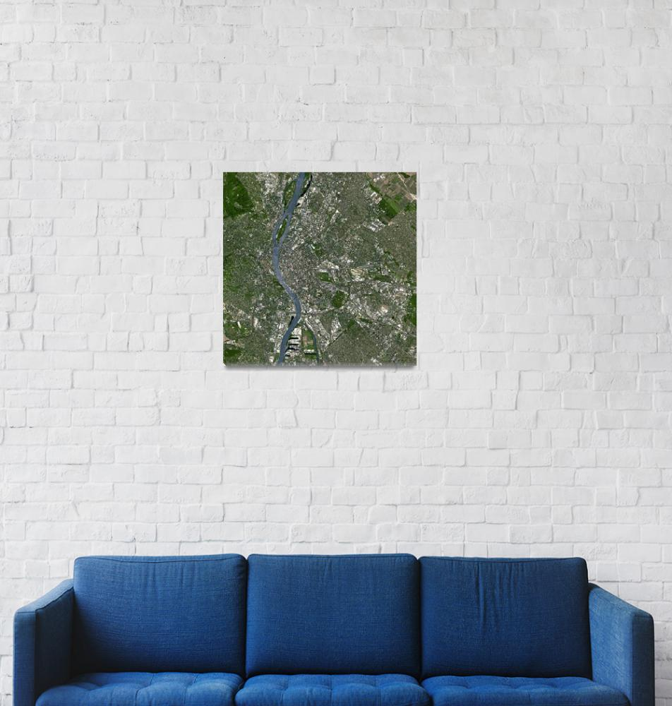 """Budapest (Hungary) : Satellite Image""  (2007) by astriumgeo"