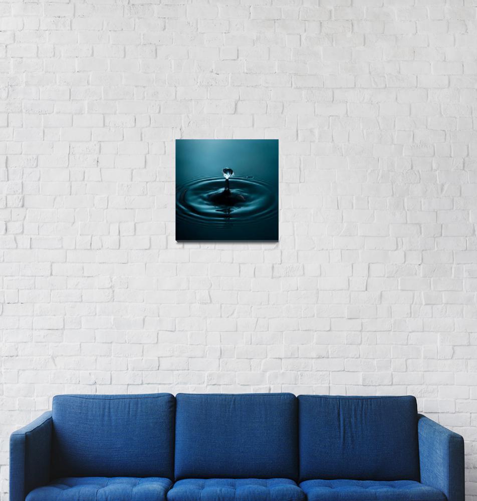 """Fine Art Water Drop Photography - pre-collision""  (2009) by michalfanta"