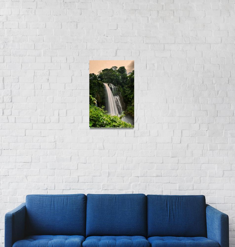 """Pulhapanzak waterfall""  (2019) by robertgrac"
