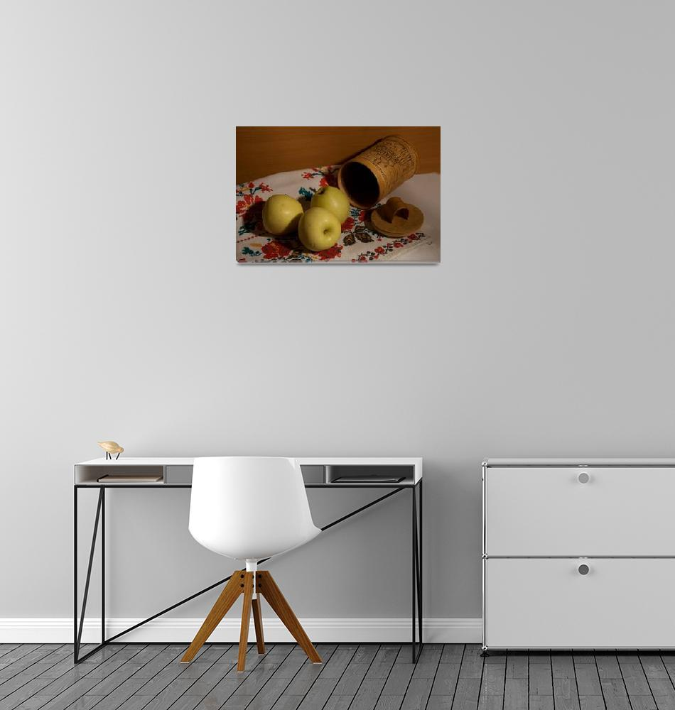 """""""Still life with apples a towel and tuesok""""  by RomanPopov"""